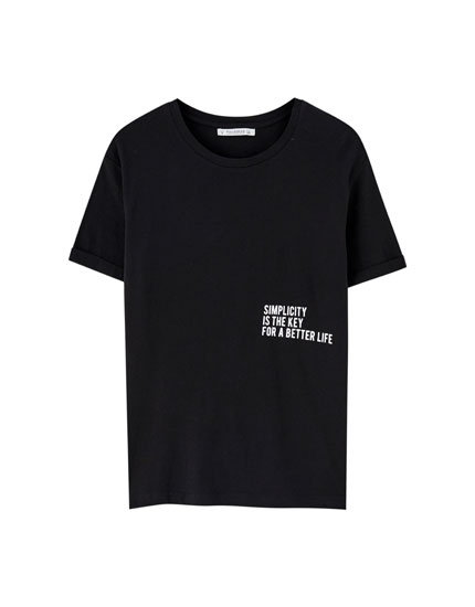 Slogan T-shirt with rolled-up sleeves