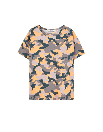 Short sleeve colourful camouflage T-shirt