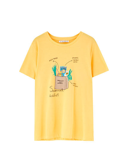 Coloured T-shirt with design