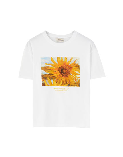 White T-shirt with sunflower