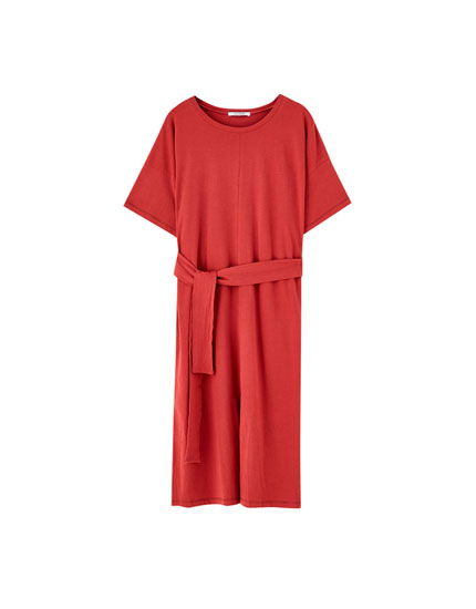 Basic midi dress with belt
