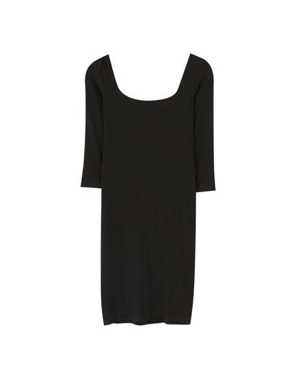 Short dress with square-cut neckline