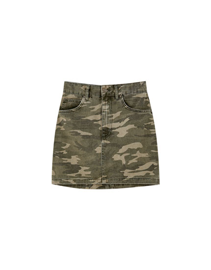 Five pocket camouflage skirt