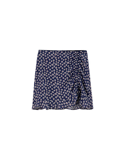 Gathered daisy mini skirt