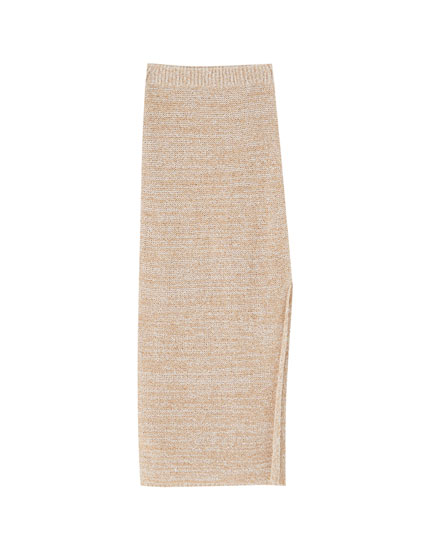 Long knit skirt with slit