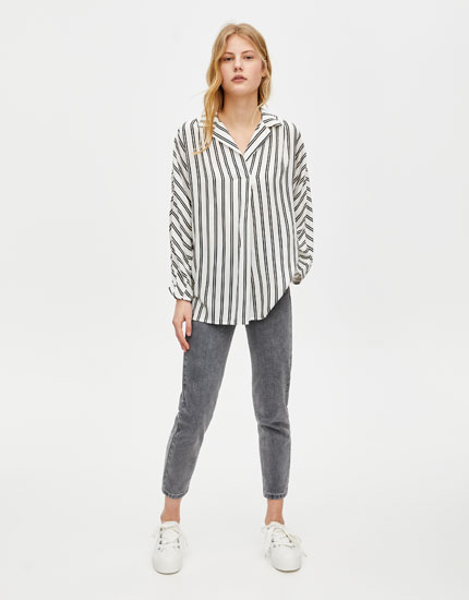 Oversized blouse with drop sleeves