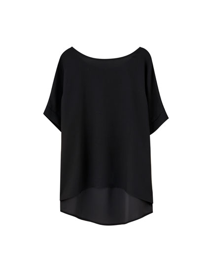 Short sleeve top with zip
