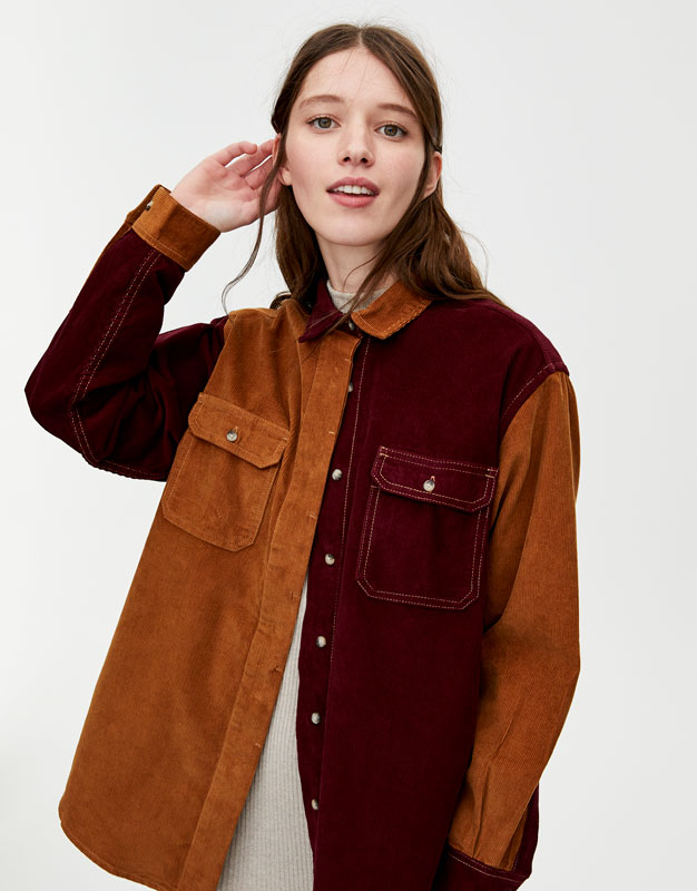 Tweekleurige Corduroy Blouse by Pull & Bear