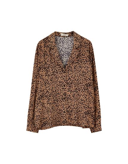 Krekls ar leoparda rakstu un atloku apkakli