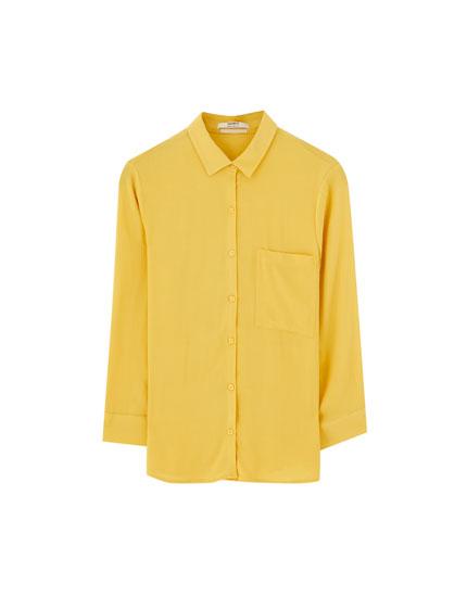Basic shirt with 3/4 sleeves