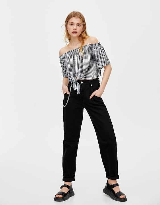 f718f3606a1 Gingham off-the-shoulder blouse - PULL&BEAR