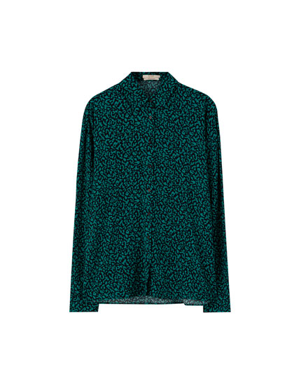 Green leopard print shirt