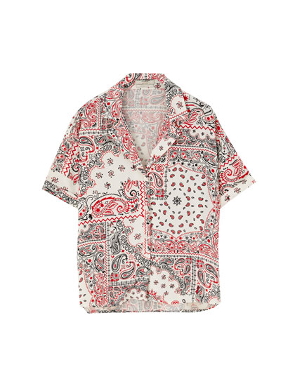 Short sleeve bandanna print shirt