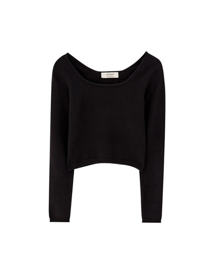 Cropped sweater with square-cut neckline
