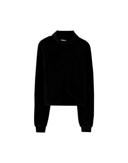 Soft high neck sweatshirt