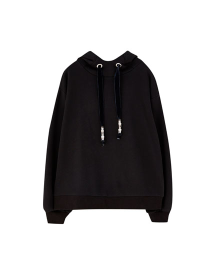 Hoodie with embellished drawstring