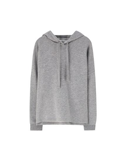 Geripptes Sweatshirt mit Kapuze