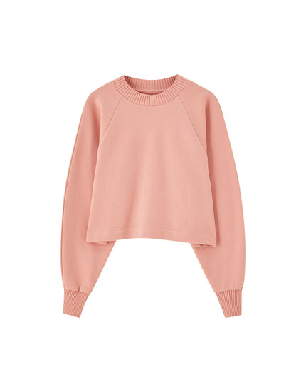 Cropped sweatshirt with ribbed trims