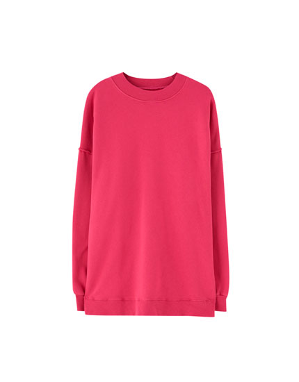 Round neck topstitched sweatshirt