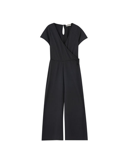 Culotte jumpsuit with bow