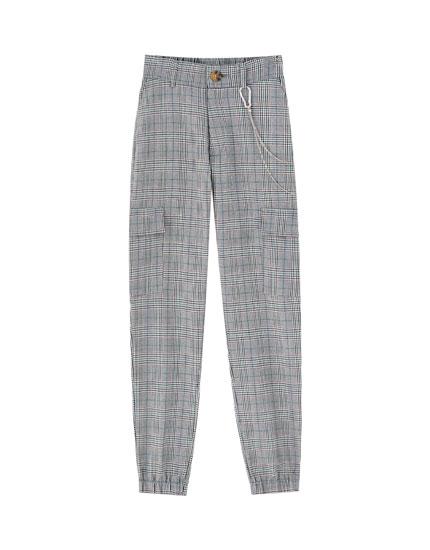 Pantaloni cu lanț în talie și manșete elastice