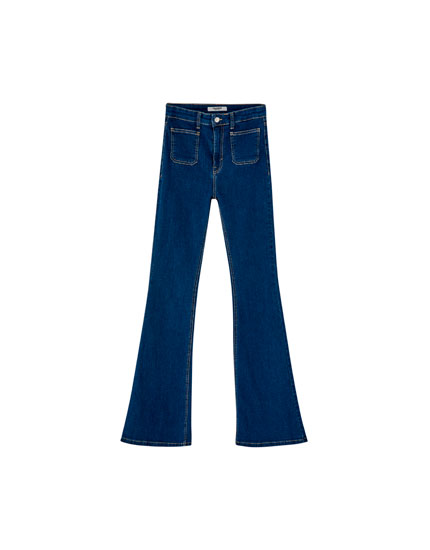 Jeans campana bolsillo plastrón