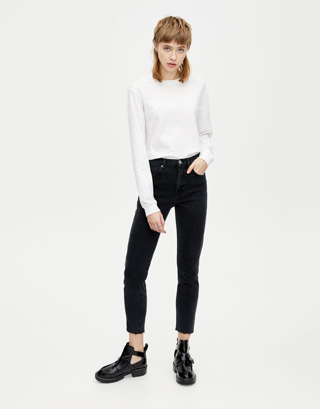 Jeans Slim Fit Mom Fit Conforto by Pull & Bear