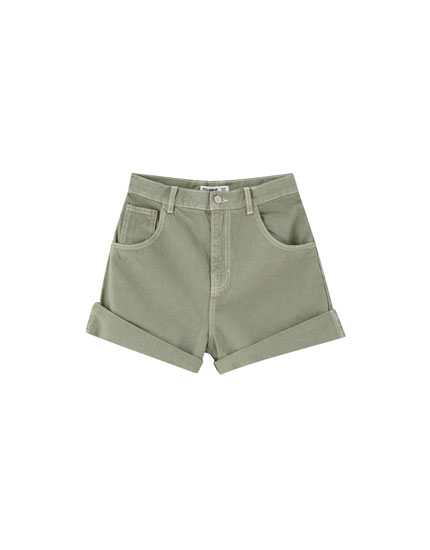 Coloured Bermudas with turn-up hems