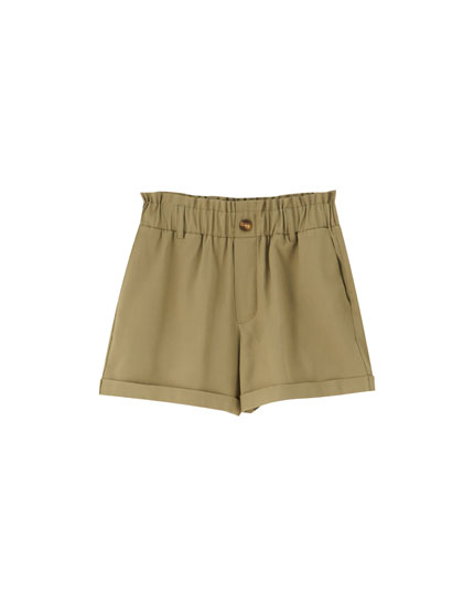 Basic Bermudas with elastic waistband