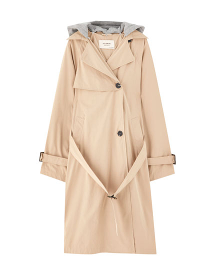 Trench con capucha desmontable