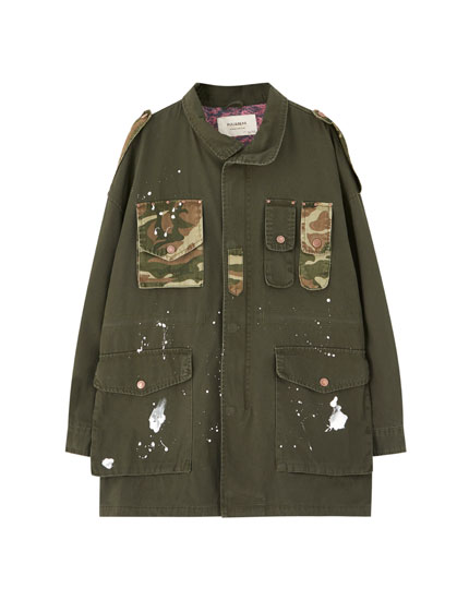Safari jacket with camouflage details