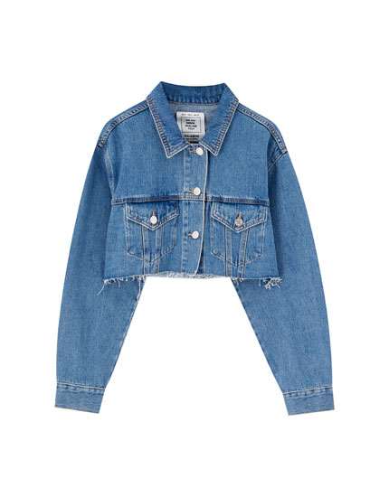 Cropped and frayed denim jacket