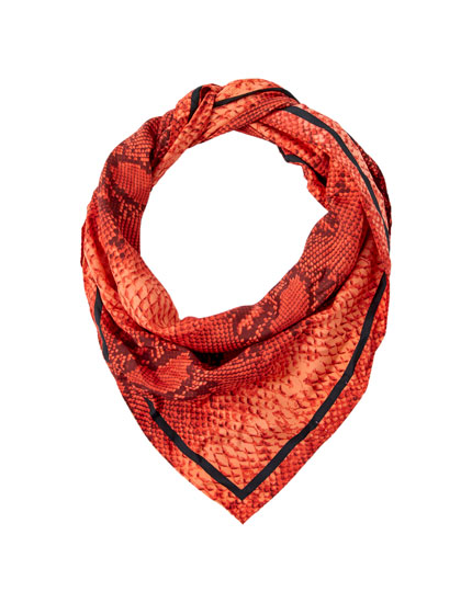 Foulard serpent rouge