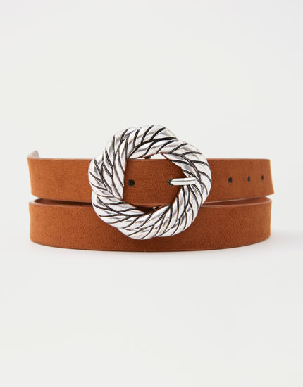 Round buckle belt with knot details