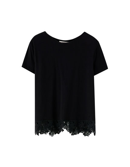 T-shirt with crochet detail