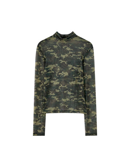 Camouflage high neck T-shirt