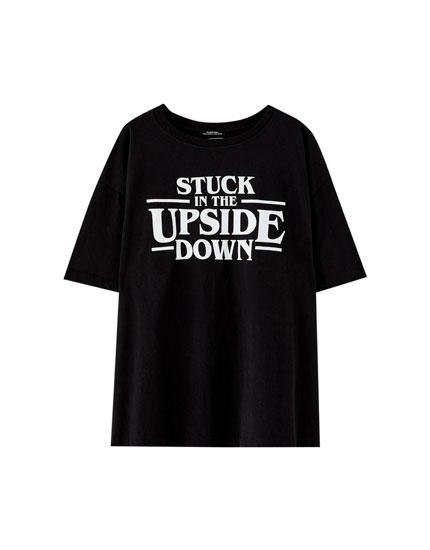 Shirt Netflix Stranger Things mit Slogan