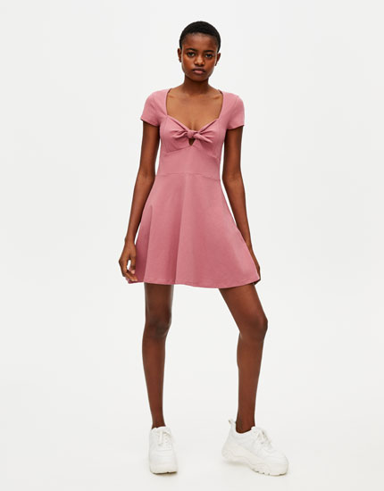 Mini vestidos pegados