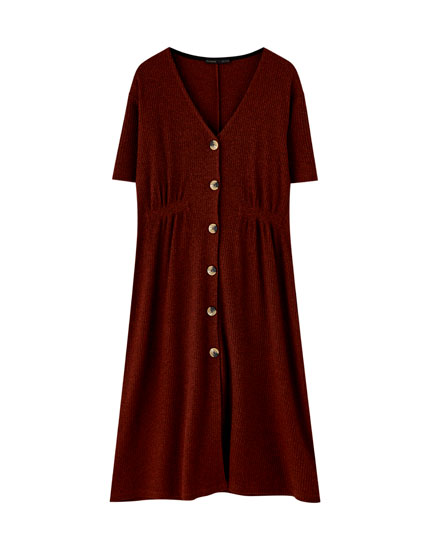 Gathered ribbed dress with buttons