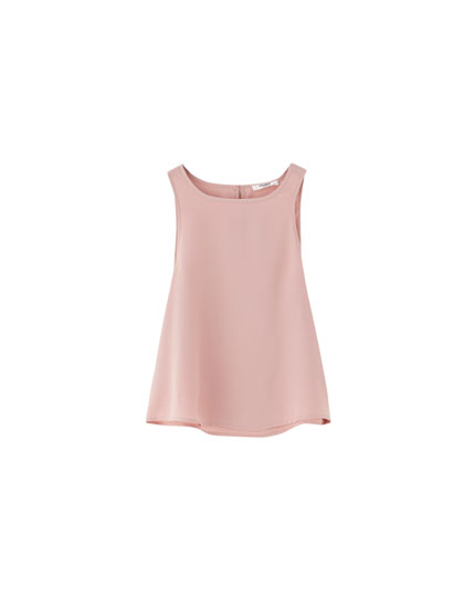Vest top with back opening