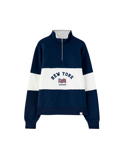 Sweatshirt with front stripe