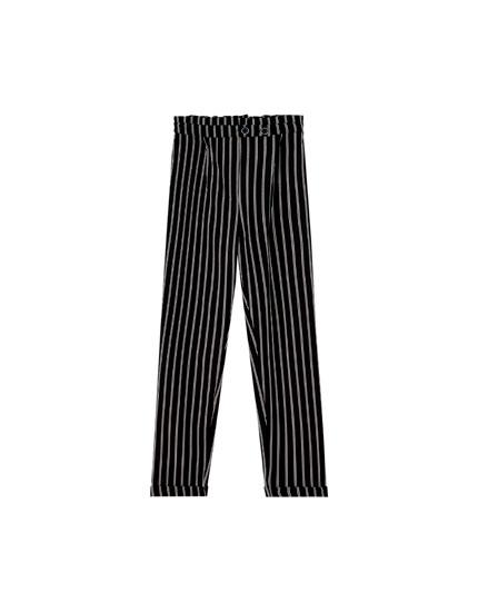 Pantalón paper bag negro