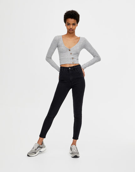 High-rise capri jeans