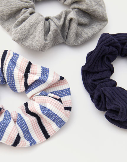 3-pack of striped scrunchies