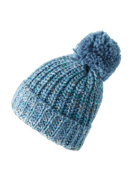 Flecked knit pompom hat