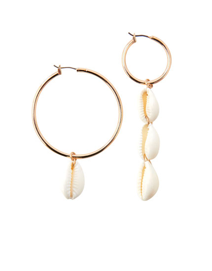 Mismatched shell earrings