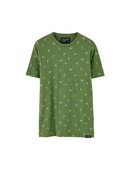 Green parrot print T-shirt