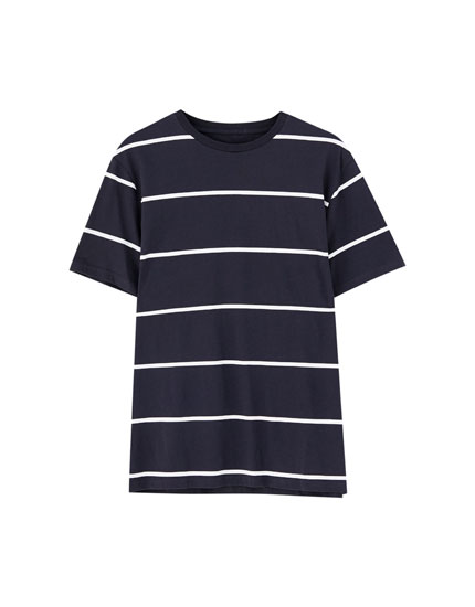 Thin-striped short sleeve T-shirt