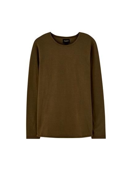 Camiseta cuello redondo bajo elástico