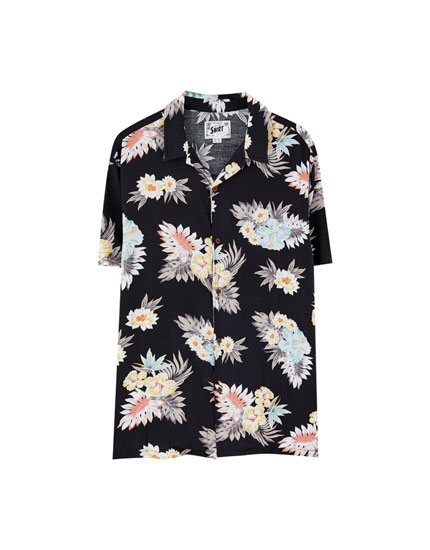 Short sleeve shirt with colourful print